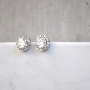 18k silver stud earrings
